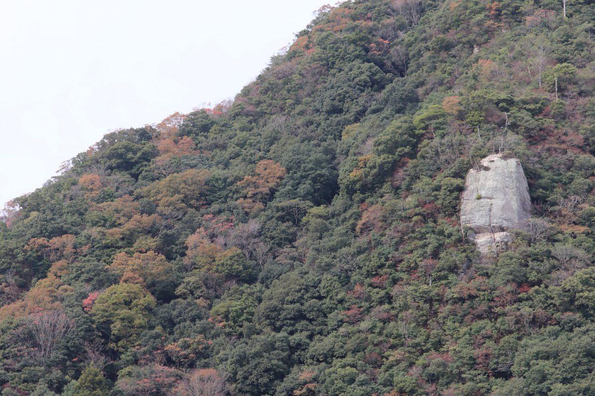 写真1:米食い岩