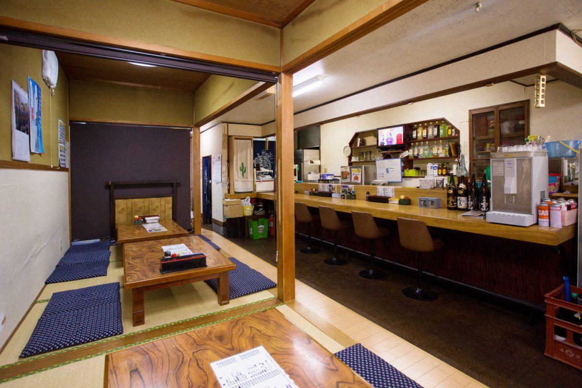 写真3:川本食堂店内
